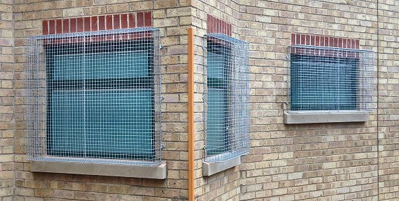 Aiano was invited to manufacture window security grilles for a school in East London