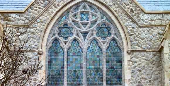 AIANO Jewels: traditional woven-mesh window guards for Highgate Road Chapel
